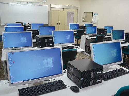 別館実習室