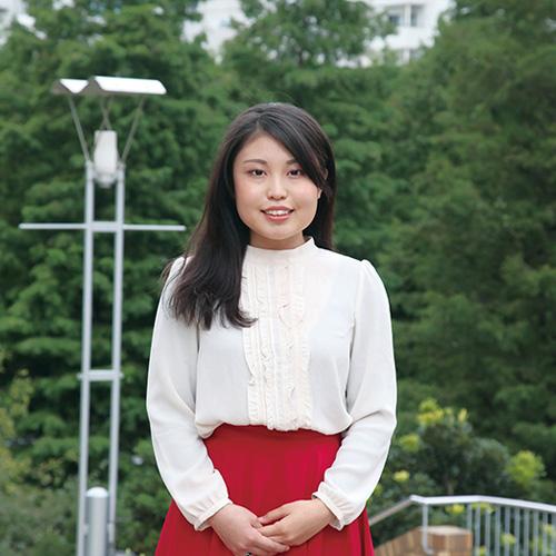 中国語力を活かし、美容を通して日中の架け橋になりたいです。
