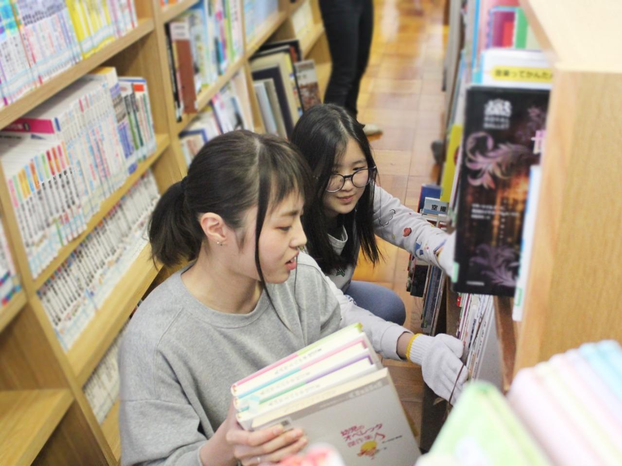 長浜北中学校図書館ボランティア活動