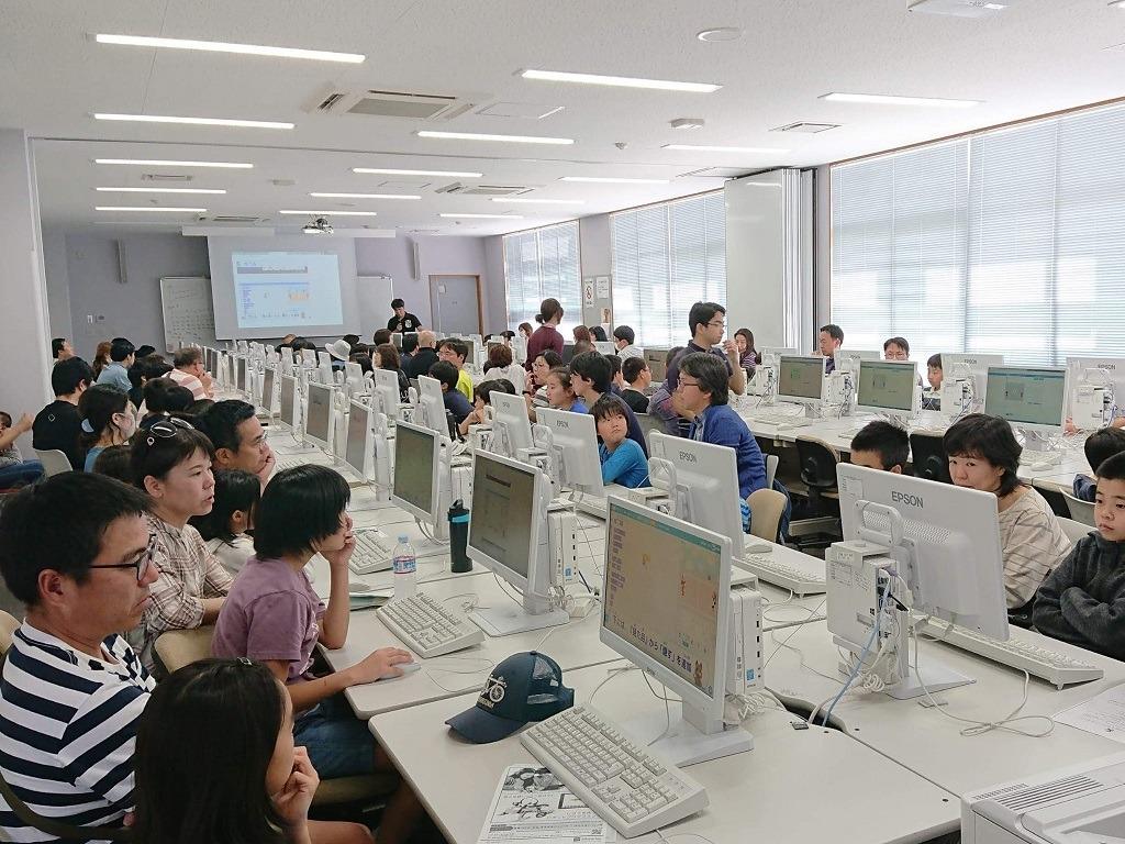 201903プログラミング体験_沖縄女子短期大学_産学連携推進室_比嘉勇太