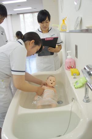 沐浴の場面