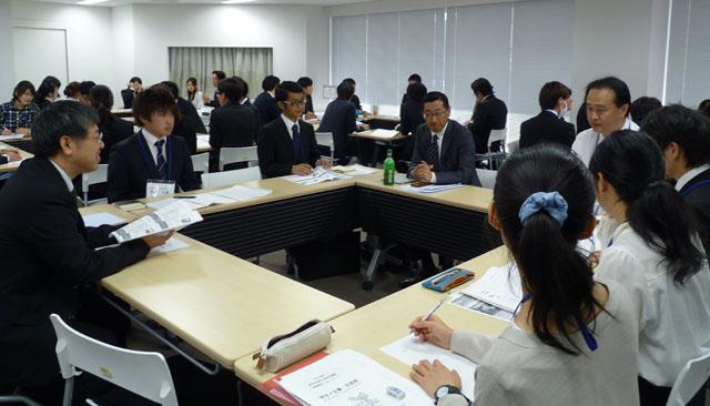 学生と社会人のトークセッション