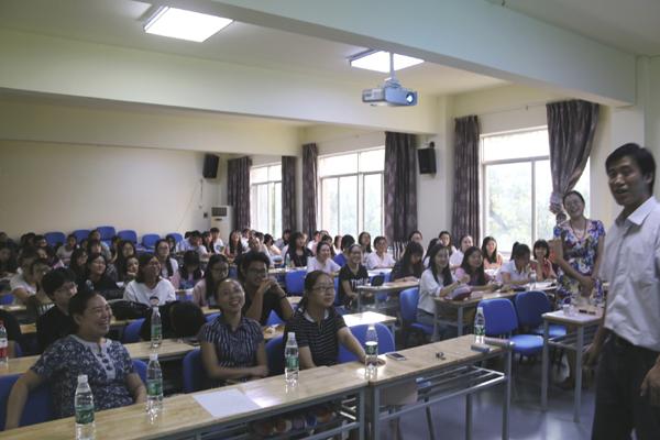 中南林業科技大学での講義風景(写真は同大学HPより)