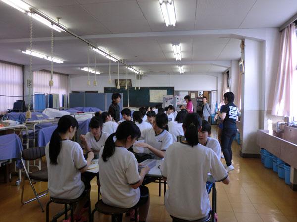 生徒26名の演習風景