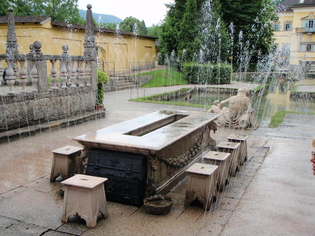 水の宮殿 ヘルブルン宮殿